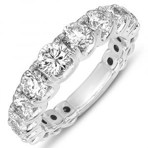 Diamond Graduating Wedding Band
